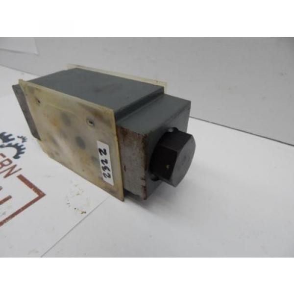 origin Rexroth Z2S 10-1-31/V Solenoid Valve Body #4 image