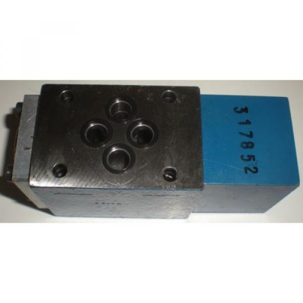 BOSCH REXROTH R900404769 4WH6Y52//5  DIRECTIONAL CONTROL VALVE #8 image