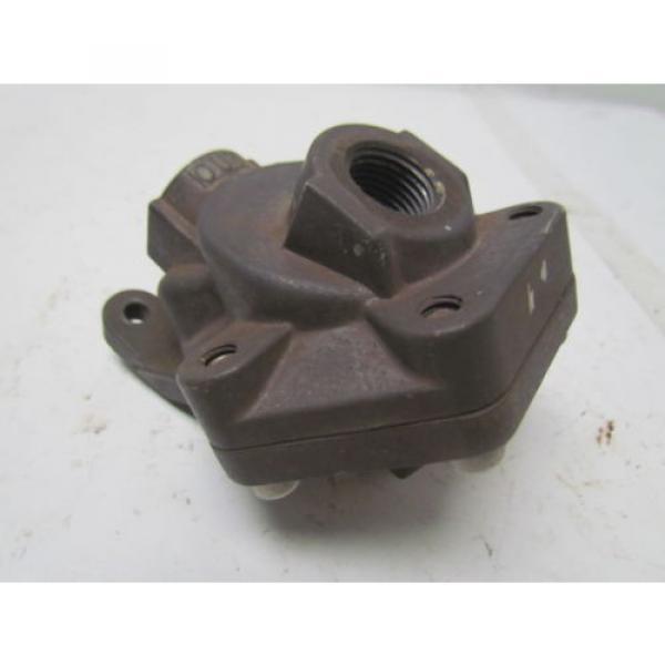 Rexroth P52935-4 Aluminum quick exhaust valve 1/2#034;NPT #6 image