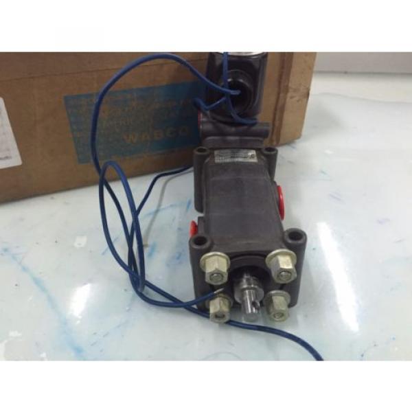 REXROTH  PD400031-1400 1/2#034;  Pilotir 3 port Solenoid Valve 1/2 in, 120 v AC #4 image