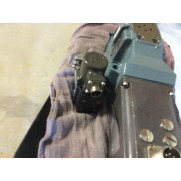 Rexroth Hydraulics servo valve, # 4WRDU 16 W200L-52/6L15K9/VR, free shipping #5 image