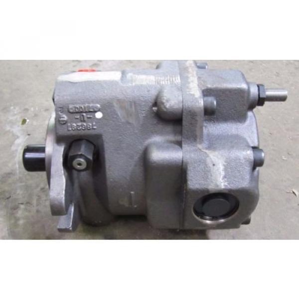PARKER DENISON PAVC65R42HM13 40 HP 65 CC CW ROTATION 1800 RPM HYDRAULIC PUMP NIB #6 image