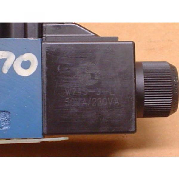 Mannesmann Rexroth 4WE6D61/OFEW110N9DK25L/V Hydraulic Directional Valve #3 image