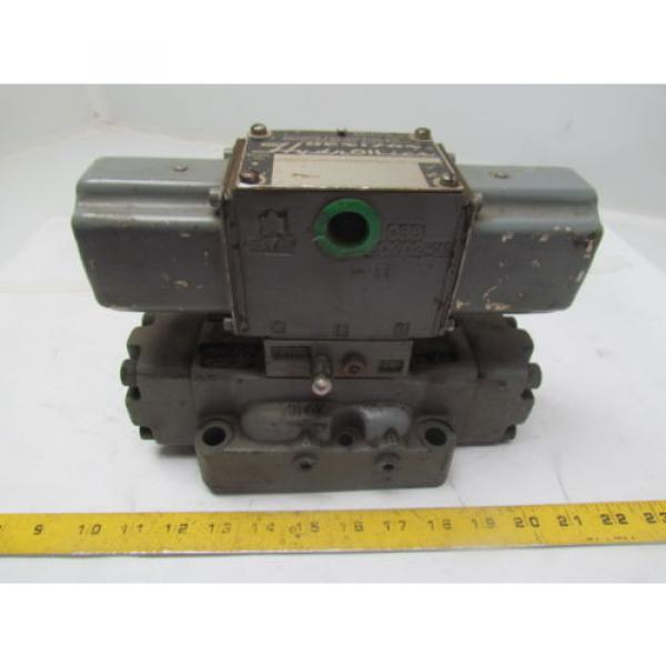 Denison D1D123320303031001 Directional Control Valve Hydraulic 115/60 Coils #1 image