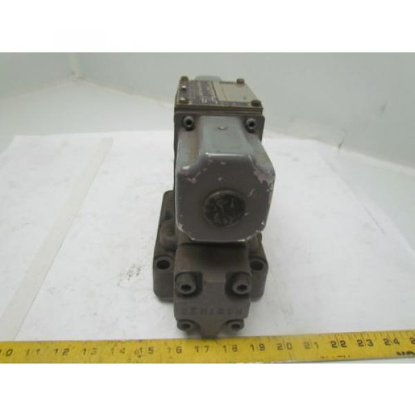 Denison D1D123320303031001 Directional Control Valve Hydraulic 115/60 Coils #4 image