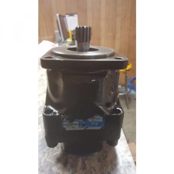 M1D09523N, Denison, Hydraulic Motor, 60 cu in3/rev #2 image