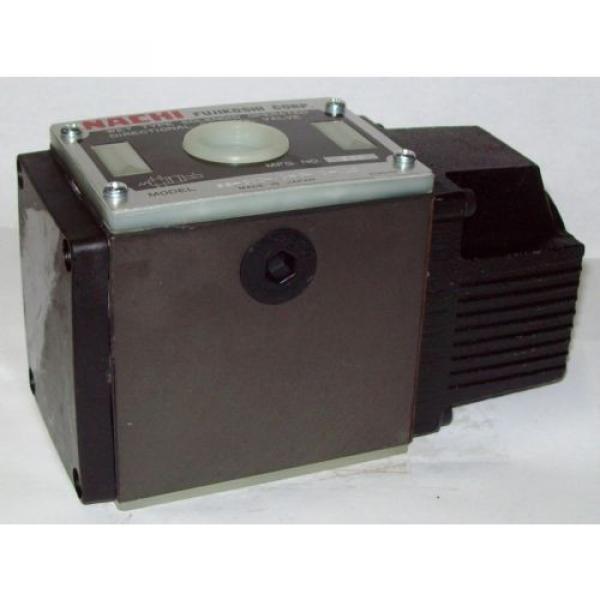 D05 4 Way 4/2 Hydraulic Solenoid Valve i/w Vickers DG4S4-012BL-WL-G 12 VDC #1 image