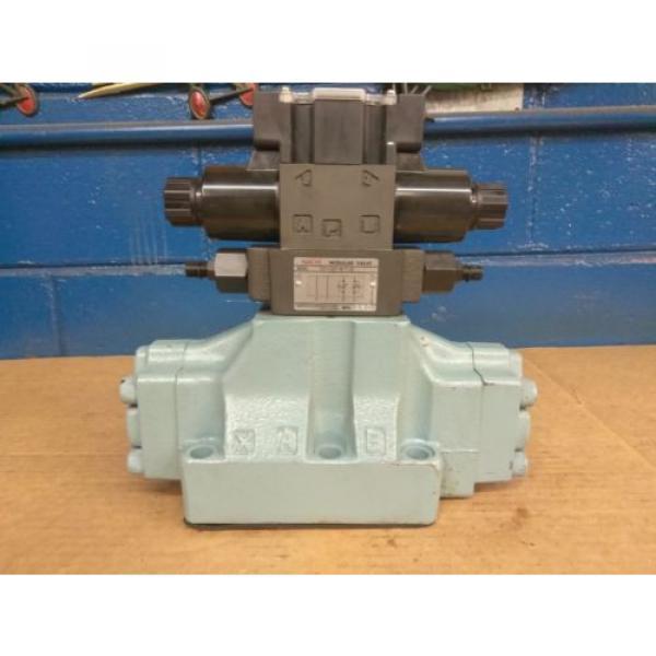 Nachi 4-way Hydraulic Valve DSS-C6-ARY-C115-E22 #1 image
