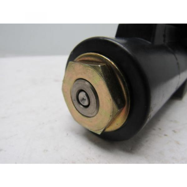 Nachi S-G01-B3X-GRZ-D2-32 Hydraulic Solenoid Directional Control Valve #7 image