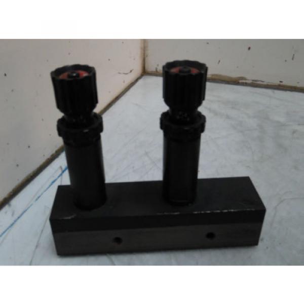 Nachi Dual Hydraulic Cartridge Valves, HHC-01R0-0464C, w/ Manifold, Used #1 image