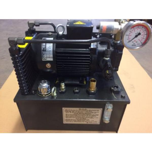 Nachi UVN Serie Uni Pump mit Motor Neu Hydraulik #1 image