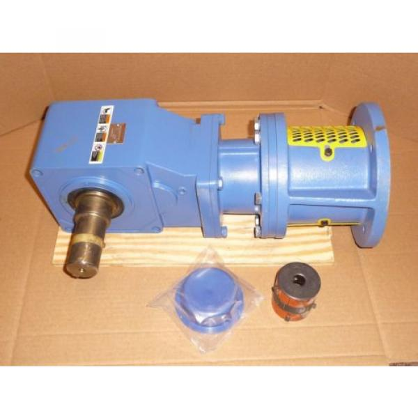 Sumitomo SM-Hyponic Right Angle Gear Speed Reducer, RNFJ-1520LY-X1-25, 25:1 #1 image