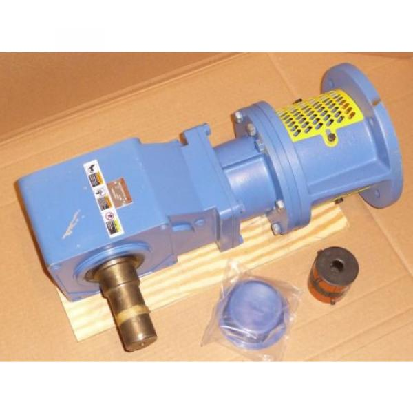 Sumitomo SM-Hyponic Right Angle Gear Speed Reducer, RNFJ-1520LY-X1-25, 25:1 #2 image