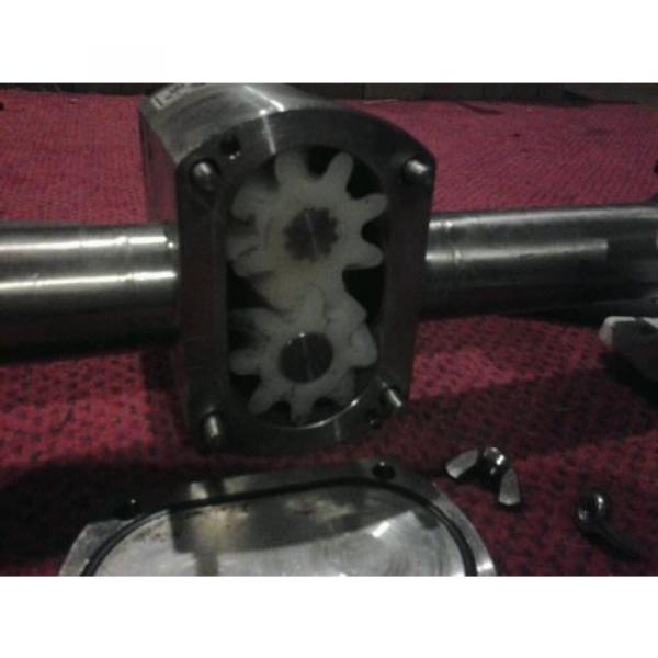 Unibloc-gp sanitary food grade gear pump and sumitomo cnhms05-6075ya-11 motor #2 image