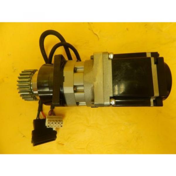 Sanyo Denki R2AA06020FXP77M AC Servo Motor Sumitomo ANFX-P110F-2RL3-9 Used #6 image