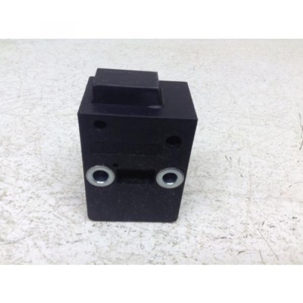 Rexroth Bosch 53884 3842515956 Linear Actuator Latch 3 842 515 956 Separator #1 image