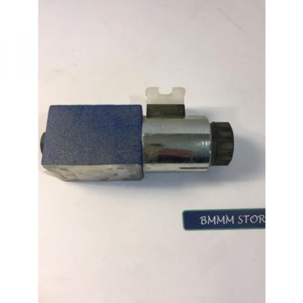 R900553670 BOSCH REXROTH HYDRAULIC DIRECTIONAL CONTROL VALVE #3 image