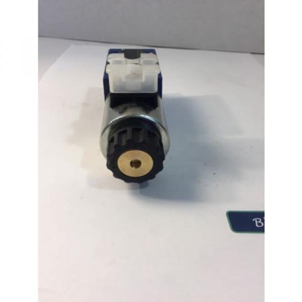 R900553670 BOSCH REXROTH HYDRAULIC DIRECTIONAL CONTROL VALVE #4 image