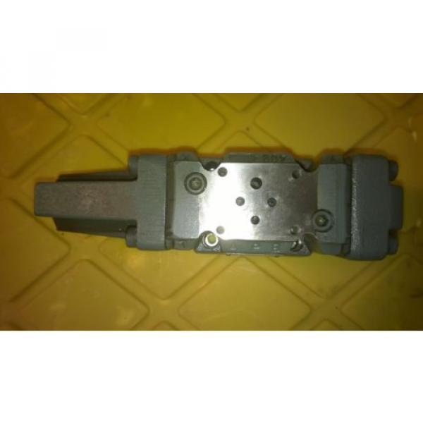 Rexroth Valve 4WRZ 10 W1-85-50  6A24N9EK4 D3MR-453 #2 image