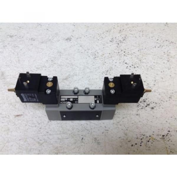 Rexroth Bosch 0-820-024-995 24 VDC 48 VAC Control Valve 0820024995 1824210223 #1 image