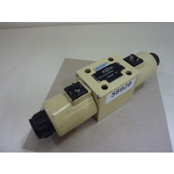 Mannesmann Rexroth Hydraulic Valve 4WE10J32/CG24N9K4 Used #58928 #1 image