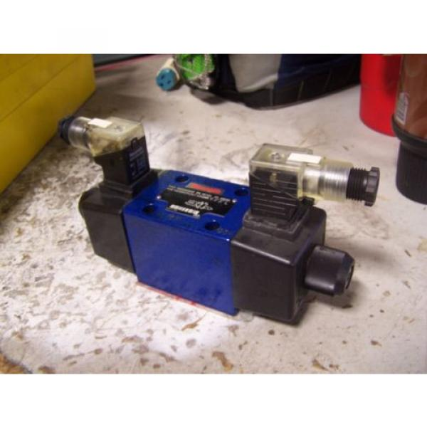 Origin REXROTH R900594948 TWO-WAY DIRECTIONAL SPOOL VALVE 12/240 VAC/DC 4 AMP #1 image