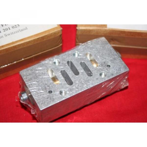 Origin Lot of 3 Bosch Rexroth Valves 0821201023 / 0 821 201 023 -- all 3 sealed #5 image