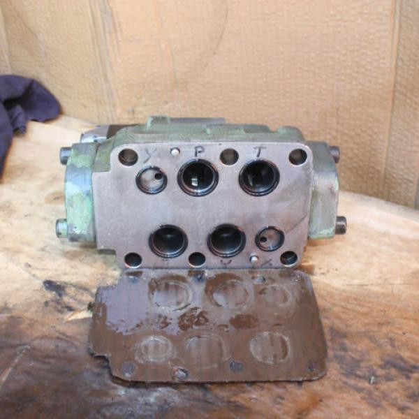 Rexroth HYDRONORMA 4 WH 22 E60UET 4WE 6 D52AW110-50NZ5LB15 Hydraulic Valve #6 image