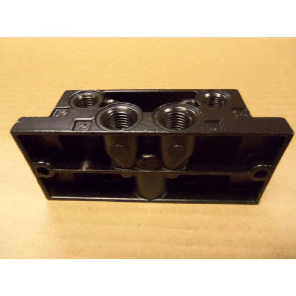 origin RexRoth P-69191-1 P691911 Sub Base For Directional Valve #2 image