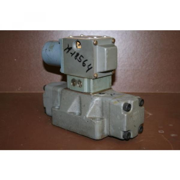 Directional control valve 4way Hydraulic 24V 4WEH20HD60/G24NETS Rexroth Unused #1 image