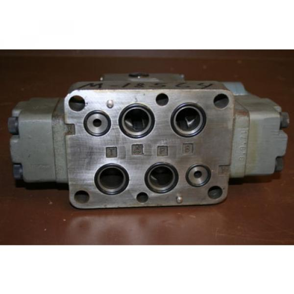 Directional control valve 4way Hydraulic 24V 4WEH20HD60/G24NETS Rexroth Unused #4 image