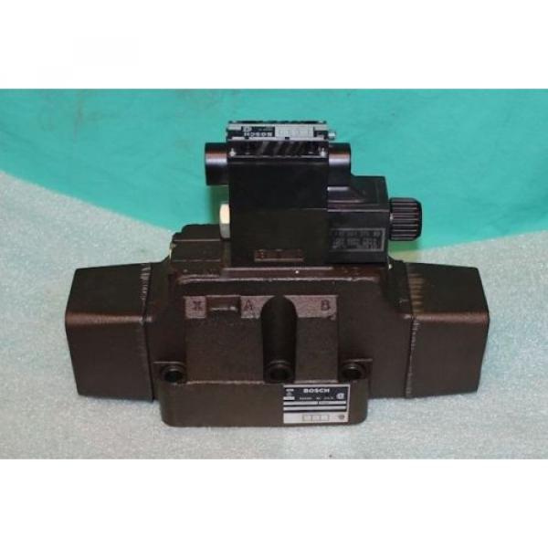 Bosch 9810235067 Hydraulic Directional Valve 081WV25P1V3010PTKL Rexroth #1 image