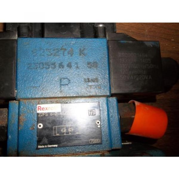 REXROTH 4WEH22E74/6EW11ON-ETZ45  DIRECTIONAL VALVE GOOD USED MISSING LABEL LL2 #2 image