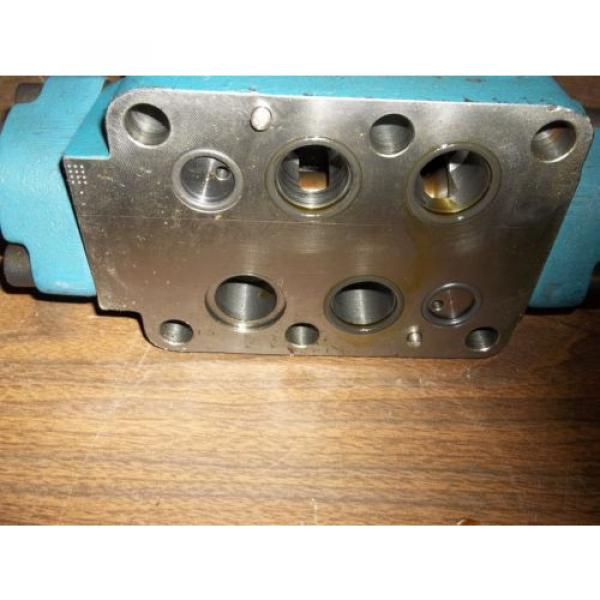 REXROTH 4WEH22E74/6EW11ON-ETZ45  DIRECTIONAL VALVE GOOD USED MISSING LABEL LL2 #4 image