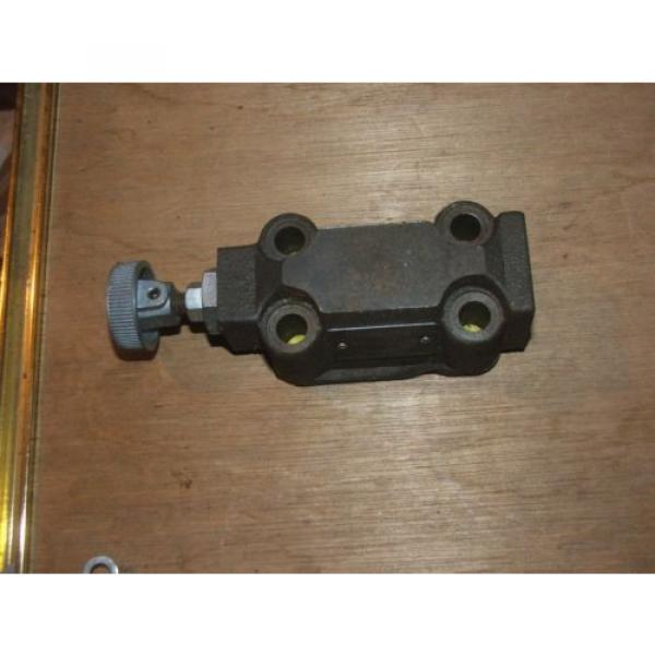 DENISON HYDRAULICS HYDRAULIC R4V06-003-10-A1  RELIEF VALVE #1 image