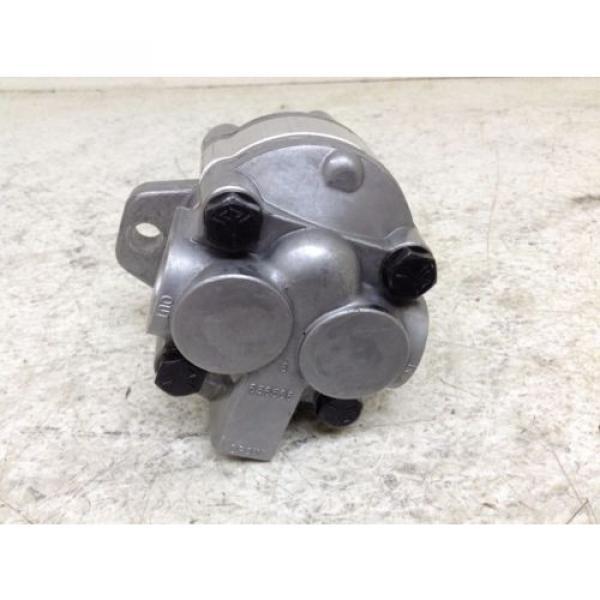 Parker Denison D17AA1A Gear Pump #3 image