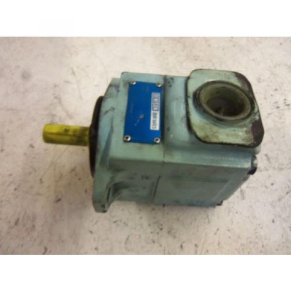 DENISON T6C-017-11-00-B1 MOTOR USED #1 image