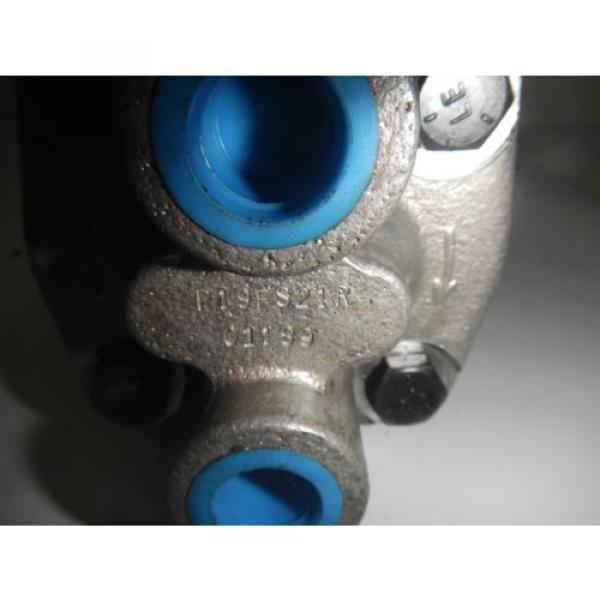Rexroth India Greece P19FS21R Gear Hydraulic Pump #2 image