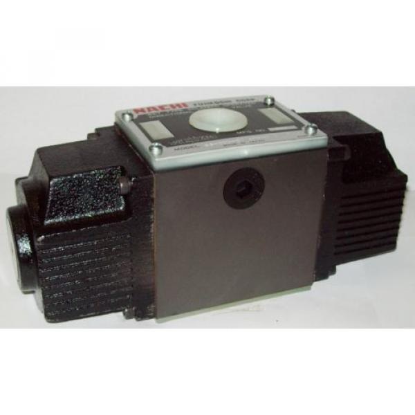 D05 4 Way Shockless Hydraulic Solenoid Valve i/w Vickers DG4S4-018C-WL-G 12 VDC #1 image
