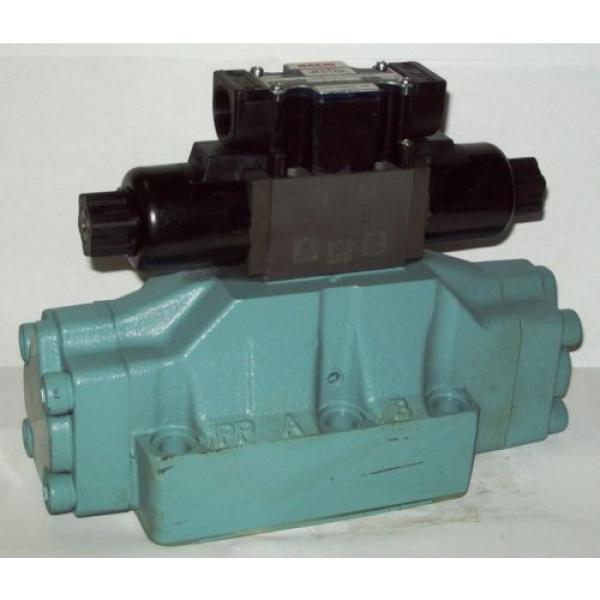 D08 4 Way Tandem Hydraulic Solenoid Valve i/w Vickers DG5S-8-S-6C-WL-H 24 VDC #1 image