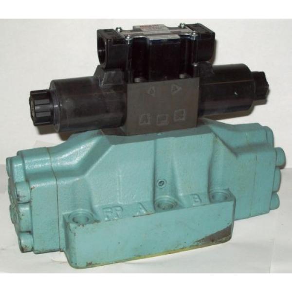 D08 4 Way 4/2 Hydraulic Solenoid Valve i/w Vickers DG5S-8-S-2N-WL-H 24 VDC #1 image