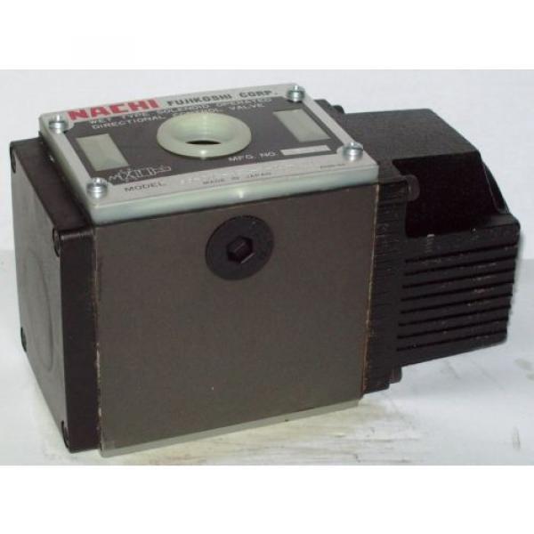 D05 4 Way 4/2 Hydraulic Solenoid Valve i/w Vickers DG4S4-010AL-WL-H 24 VDC #1 image