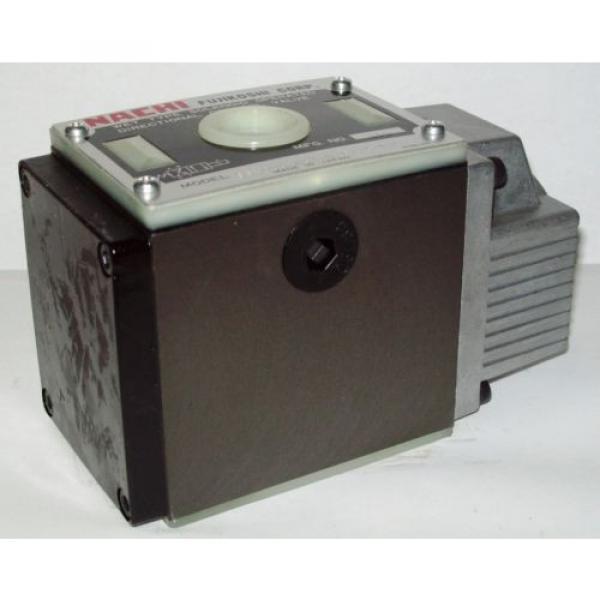 D05 4 Way 4/2 Hydraulic Solenoid Valve i/w Vickers DG4S4-010AL-WL-B 115 VAC #1 image