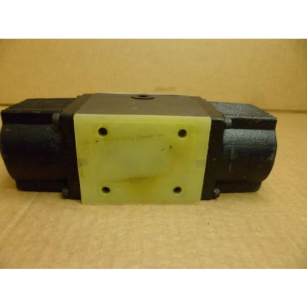 NACHI SS-G03-C6-R-D2-E10 WET TYPE SOLENOID OPERATED DIRECTIONAL HYDRAULIC VALVE #5 image