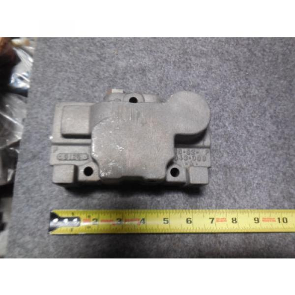 Origin REXROTH SECTIONAL VALVE END MP18 SERIES STAMPED 033E # 1602-043-308 #1 image