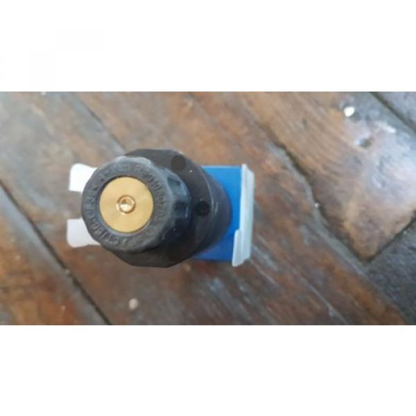 origin Rexroth Hydraulic Control Valve 4WE 6 C7X/HG24N9K4 / R901089245 #3 image