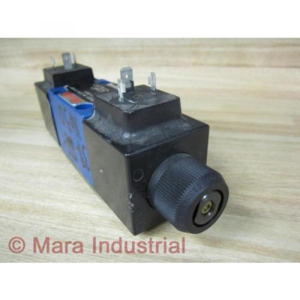 Rexroth Bosch R900552321 Valve 4WE6D62/OFEW110N9K4 - origin No Box #4 image