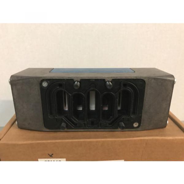 NIB Bosch Rexroth GS-040042-02626 R432006290 Pneumatic Directional Valve #3 image
