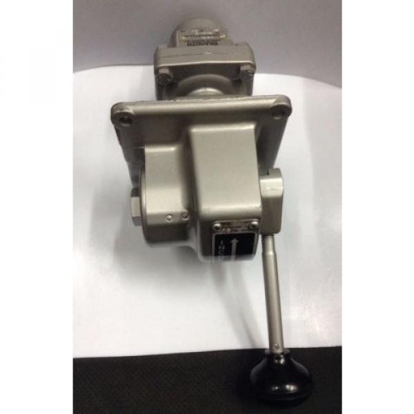 H-2-FX  P50494-15  R431002651 REXROTH H-2 Controlair® Lever Operated Valve #2 image