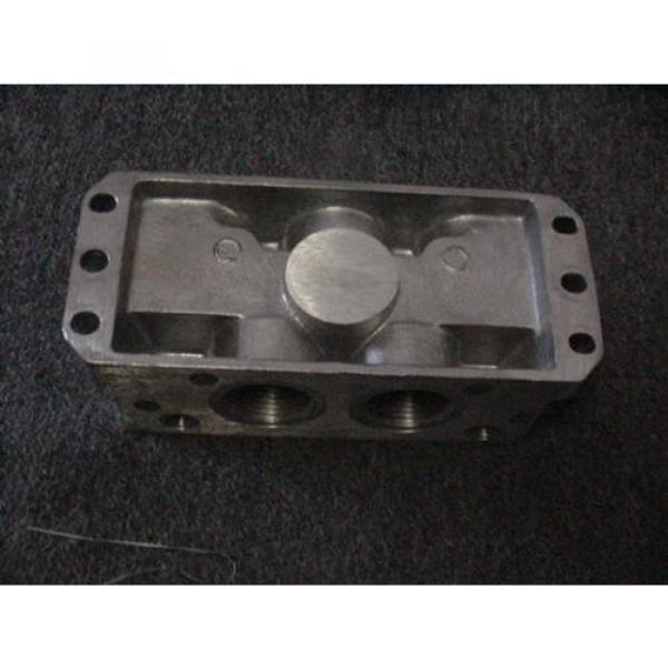 "Rexroth Italy Germany P68420 Valve Aluminum Subbase Manifold 1"" Female NPT MH NEW #4 image"